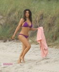 kim kardashian bikini pics j